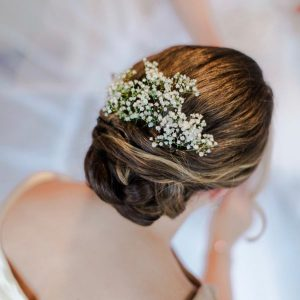 bridal hair with gypsophilia